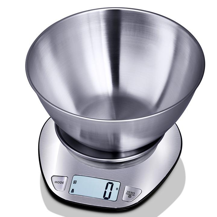 kitchen scale 2442599 960 720 - Các loại cân trọng lượng
