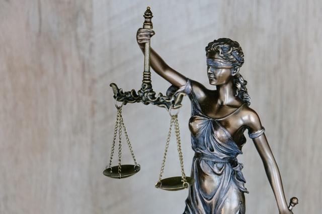tingey injury law firm DZpc4UY8ZtY unsplash - Vì sao nên sử dụng cân sức khỏe điện tử?